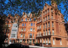 Beautifully crafted brick façade in Knightsbridge
